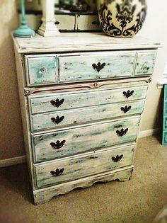 distressed dresser --- Love!!!