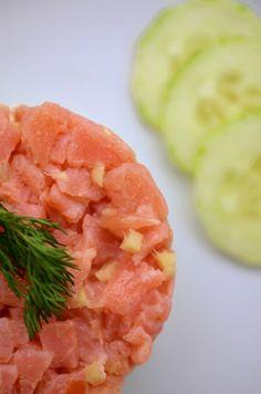 Rezept für Gurken-Lachs-Tartar mit Wasabicreme - Foto 2