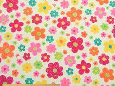 雑貨小物の制作に、ネコと花柄コットンオックスプリント(オフホワイト)   110cm巾 綿100%   - そーいんぐ・すていしょんコミニカ
