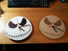 Jack Skellington Clocks by antpgomes. Emo, Digital Fabrication, Halloween Photos, Summer Diy, Jack Skellington, Nightmare Before Christmas, Dollar Stores, Halloween Decorations, Christmas Gifts