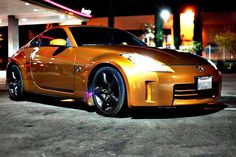 We call shotgun! Who wouldn't want to cruise with Gary G. in his awesome Nissan 350Z? Shout out to Nico P. for capturing this beauty!