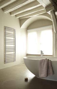 KADRANE SPA MIXTE - AKARI   Acova for the boys or parents bathroom