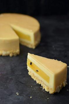 Fruit Recipes, Cake Recipes, Dessert Recipes, Mousse Cake, Polish Recipes, Food Cakes, Food Dishes, Baked Goods, Cake Decorating