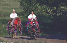 Time Warp: Inside the remote Romanian villages were people live an old way Romanian People, Transylvania Romania, Carpathian Mountains, City People, White Russian, Two Men, Bored Panda, Eastern Europe, Fashion History