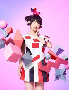 "Crunchyroll - Sumire Uesaka Shows Her Various Charm in New MV ""cubic futurismo"""