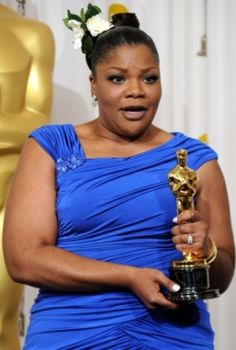 "The 45 year old comedienne and Oscar winning actress has lost so much weight over the last few years, going from almost 300pounds to 215pounds. Mo'Nique says she didn't have surgery just good ol' exercise. Below is what she said on a radio programme recently.""I tweet every morning, my workouts, beca"