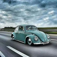 VW Bug cruising