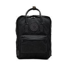 Fjallraven Kanken No. 2 (€120) ❤ liked on Polyvore featuring bags, handbags, pocket purse, handbag purse, hand bags, pocket bag and purse bag