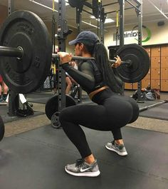 38 Best Ideas for fitness goals body motivation squats Fitness Workouts, Fitness Logo, Fitness Goals, Squats Fitness, Fitness Style, Fitness Wear, Health Fitness, Weight Exercises, Health Exercise