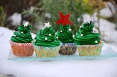 Cupcakes, Lifestyle, Desserts, Tables, Food, Cooking Recipes, Dish, Fir Tree, Tailgate Desserts