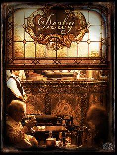 Café Derby (Santiago de Compostela) fundado en 1929.  Lugar de reunión de artistas e intelectuales como Valle Inclán, Carlos Maside, Rafael Dieste, el escultor Eiroa, Aquilino Iglesias Alvariño, Álvaro Cunqueiro, Ánxel Fole, etc.