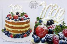 Dia das mães! #casaçucar Bolo naked cake recheado com mousse de leite ninho e brigadeiro de leite ninho, decorado com frutas vermelhas, escrito mãe com chocolate, 100% artesanal