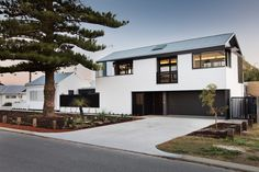 Parmelia St Cottage developed by Philip Stejskal Architecture. Find all you need to know about Parmelia St Cottage products and more from Bookmarc. Old Cottage, Exterior Cladding, Street House, Beach Shack, The Gables, Architecture Photo, Modern Architecture, Architect House, Australian Homes
