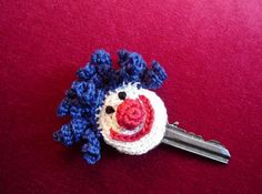 cute crochet idea to identify keys ...