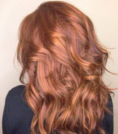 Girls in Los Angeles are dyeing their hair in a few common ways this summer. See how here!