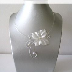 Bijoux mariage collier fantaisie mariage ivoire papillon de soie