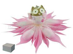 Civetta fusetta versione portachiavi in resina decorata completo di confetti e scatola