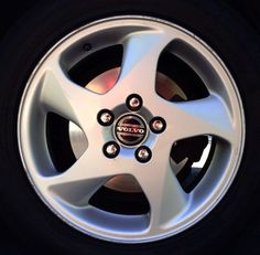 Perfo 16 x 6.5 Volvo #9491656 (color 936 Bright Silver) and #9192519 (color 935 White Silver), Offset 43mm, stamped 9485478 & 9173714 respectively.