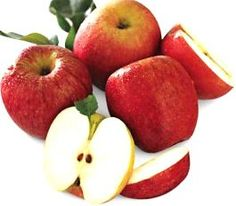 Honeycrisp Apples are in season! Walmart has them. Once you try a Honeycrisp it's tough to go back to any other variety. Apple Pie Recipe Easy, Apple Dessert Recipes, Apple Recipes, Crockpot Recipes, Cake Recipes, Fresh Apple Cake, Fresh Apples, Fresh Fruit, Caramel Apple Slices