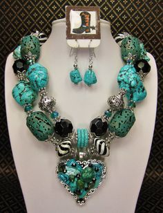 TURQUOISE STATEMENT WESTERN Style Cowgirl Bold Chunky Necklace - My HeaRT's DeSiRe ReMaKe