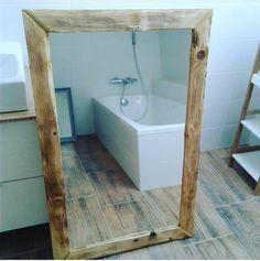 Drásaný dřevený rám na zrcadlo Rám lze vyrobil v jakkémkoli rozměru a šíři a zaslat poštou. Na fotografie je rám ve velikosti 150x100cm. Je plně připraven na usazení zrcadla a zavěšení. Je kvalitně dvojitě zpracován s výrazným drásáním a je v základní úpravě. Rád zodpovím veškeré dotazy :-) Alcove, Bathtub, Bathroom, Wood, Home Decor, Standing Bath, Washroom, Bathtubs, Decoration Home