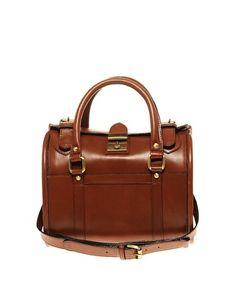 Bolso estilo bolera vintage de cuero estilo años 70 de ASOS Premium - StyleSays