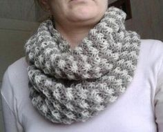 Discover recipes, home ideas, style inspiration and other ideas to try. Knitting Patterns Free, Free Knitting, Knitted Shawls, Handicraft, Scarves, Style Inspiration, Crochet, Model, Wraps