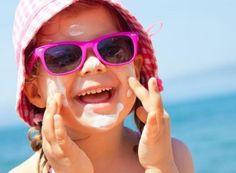 Κερδίστε 10 παιδικά αντηλιακά Natural extra moisture day cream SPF 30 by Anagenessis | InfoKids
