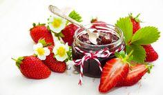 5 rad pro zavařování bez chemie a cukru - Vitalia. Strawberry Jam, Raspberry, Jam Jar, Chocolate Fondue, Vodka, Fresh, Desserts, Wooden Background, Strawberries