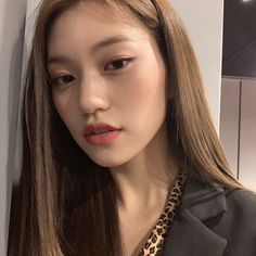 buah talas buah blewahmales ah Kpop Girl Groups, Korean Girl Groups, Kpop Girls, Cool Girl, My Girl, Kim Doyeon, Unique Faces, Little Bit, The Most Beautiful Girl