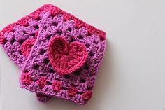 Ravelry: Valentine Gloves pattern by Emma Wilkinson