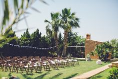 Hannah and Russell's Rustic Spanish Wedding With a Gorgeous First Look. By Violeta Minnick