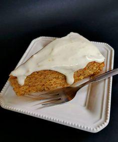 Κέικ καρότου με λευκό γλάσσο - Just life French Toast, Pie, Breakfast, Desserts, Food, Torte, Morning Coffee, Tailgate Desserts, Cake