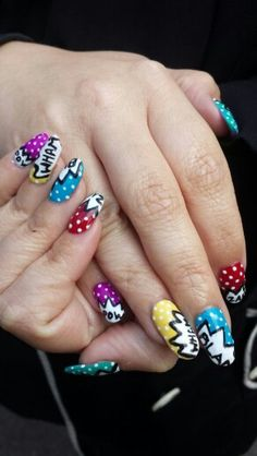 Hand painted Gelish comic book nails by Felicity Burgess - Young at Belle Dame Nails.