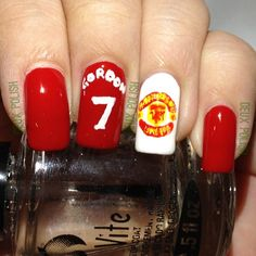 Manchester United Nails