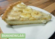 Bananenvlaai met witte chocolade   Jolanda's Bakhuisje No Bake Desserts, Delicious Desserts, Vol Au Vent, Banoffee Pie, Cookie Pie, Sweet Recipes, Macaroni And Cheese, Sweet Treats, Good Food