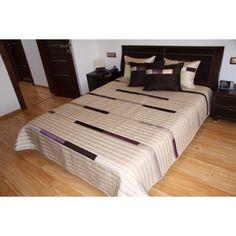 Luxusní přehozy na postel v béžové barvě - dumdekorace.cz Hotel Bed, Bedding Sets, Luxury, Table, Furniture, Home Decor, Beautiful, Decoration Home, Room Decor