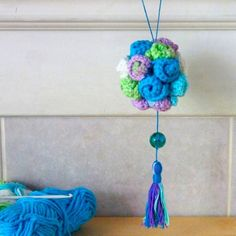 A crochet version of the popular origami ball of flowers