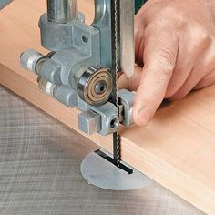 9 Wondrous Cool Ideas: Essential Woodworking Tools To Obtain Woodworking Tools Router Fence.Fine Woodworking Tools Tips Antique Woodworking Tools.Making Woodworking Tools Awesome. Woodworking Bandsaw, Antique Woodworking Tools, Best Woodworking Tools, Woodworking Patterns, Woodworking Workshop, Easy Woodworking Projects, Woodworking Techniques, Custom Woodworking, Wood Projects