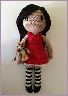 Amigurumi Girl - FREE Crochet Pattern / Tutorial. I love her!