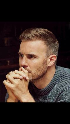 Gary Barlow - I love your hair! Gary Barlow, Haircuts For Balding Men, Eye Stye Remedies, Love Your Hair, Popular Haircuts, Boy Hairstyles, Beautiful Men, How To Look Better, Male Hairstyles