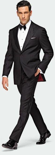 Classic & Elegant Tux Always Looks Amazing