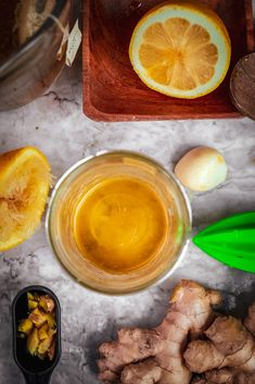 DIY Home Remedy to Prevent you get Cold and Flu as well as get over being sick faster.Homemade Flu Bomb Recipe reallt helps you get better. Home Remedies For Flu, Flu Remedies, Healthy Tips, Healthy Choices, Flu Food, Mushroom Tea, Fresh Turmeric, Bombe Recipe, Cooking Ingredients