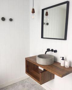 ABI - Australia's best prices on matte black tapware Australia, matte black taps, matte black sinks and more. Black Bathroom Taps, Black Bathtub, Bathroom Sink Taps, Bathroom Inspo, Bathroom Interior, Bathroom Ideas, Small Shower Room, Small Showers, Small Bathroom