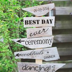 Check out our garden decoration selection for the very best in unique or custom, handmade pieces from our shops. Beach Wedding Decorations, Business Photos, Best Day Ever, Photo Props, Wood Signs, Signage, Diy And Crafts, Dream Wedding, Party