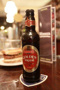 Fuller's Londong Pride es una cerveza color ambar inglesa, de estilo Pale Ale con 4,7º