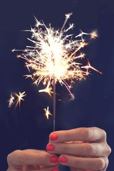 gif love gifs party summer hipster classic indie lovely firework classy celebration sparklers sparkler Preppy fourth of july july prep Bonfire Night, Nouvel An, Covergirl, New Years Eve, Belle Photo, Fourth Of July, Happy New Year, Happy July, Happy Friday