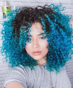 Beautiful short shape and thick curls, hair goal with bold blue colour. Click the link to see more Curly Inspiration: www.uk share with your friends Source by curl_wiz Dyed Curly Hair, Dyed Natural Hair, Colored Curly Hair, Curly Hair Styles, Natural Hair Styles, Hair Dye, Curly Bob, Hair Color Purple, Cool Hair Color