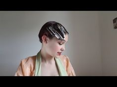 How to Style a 1930's Finger Wave Hairstyle (with Pictures)
