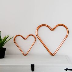 Are you interested in our Handmade Copper Heart? With our Shiny Copper Heart you need look no further.